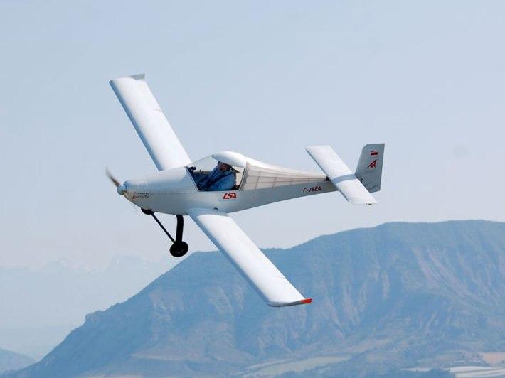 electric_plane_2h